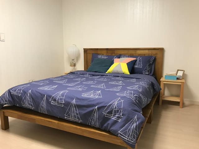 [NEW] Close to Jamsil: spacious room in a new apt