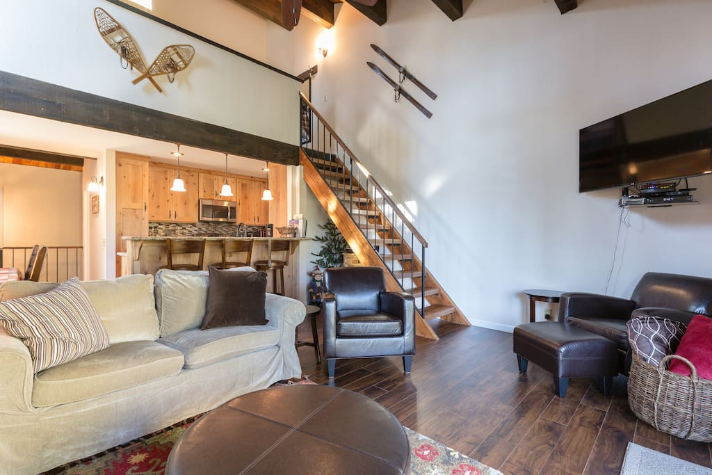 Family room, stairs to loft