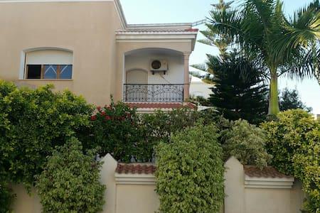 Villa Lobna