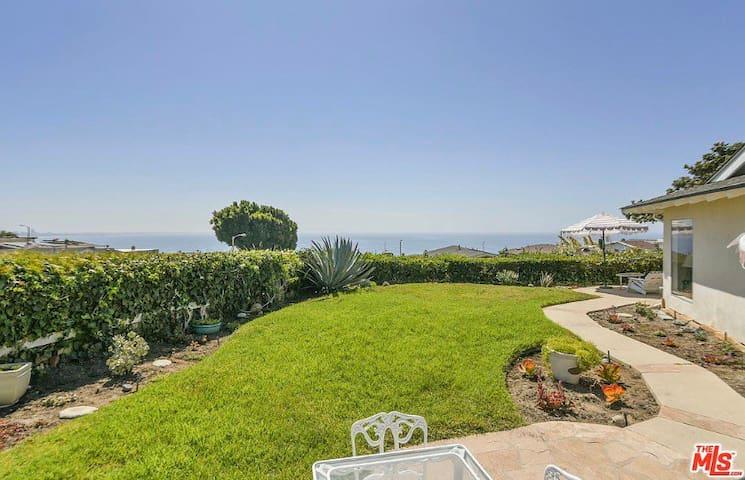 amazing ocean/coast line views by the Getty Villa