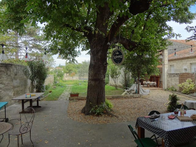 House 4 bedrooms between Nimes and Montpellier - Marsillargues - 一軒家