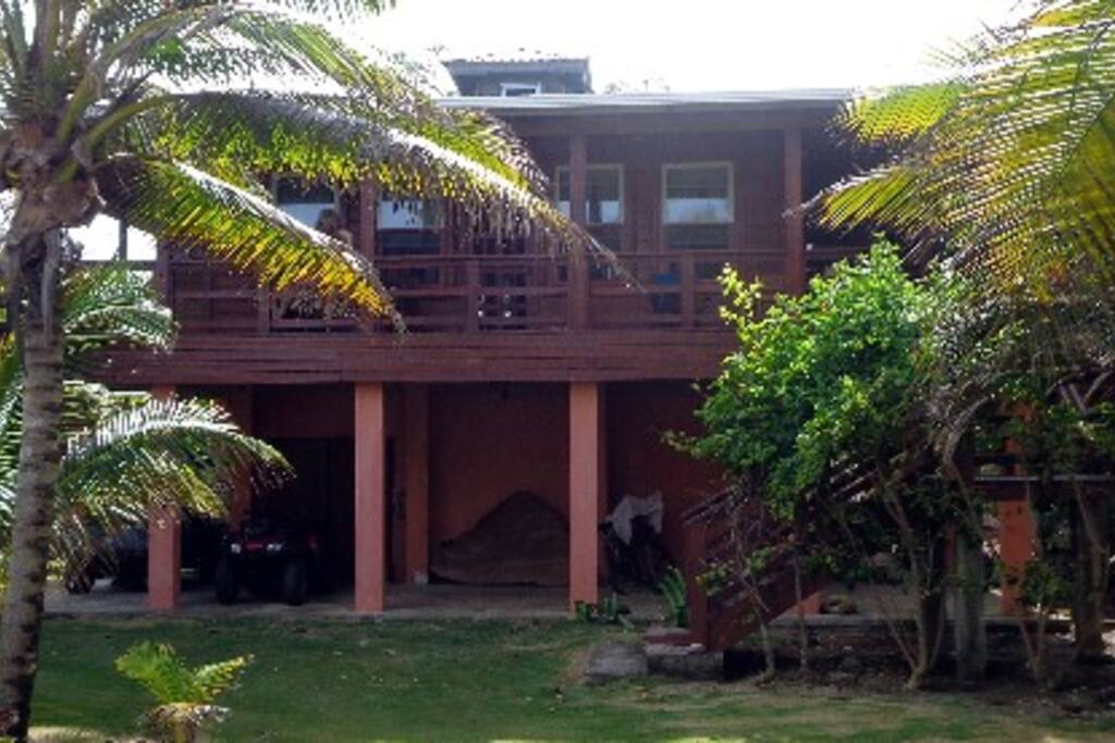 Utila Red Cliff Holiday Home