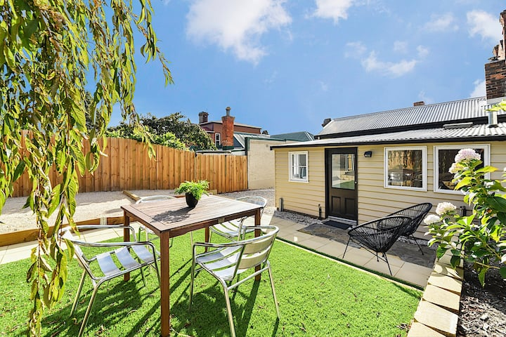 Charming Glebe Character Cottage