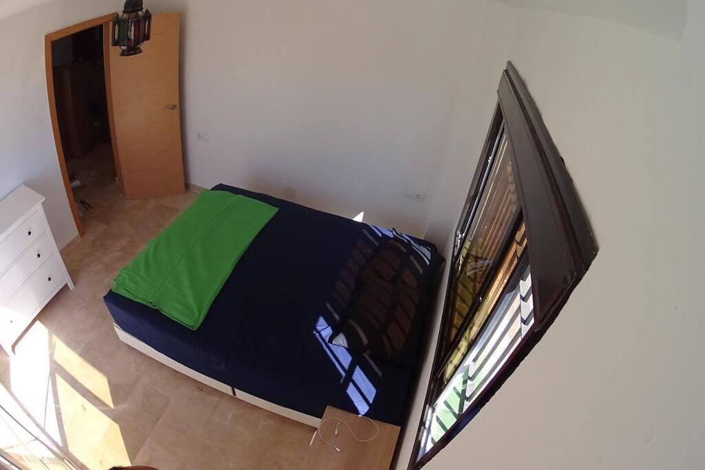 1st bedroom 2