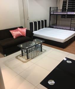 让您轻松的搞定出门在外的一日三餐和质量睡眠 - Манила - Квартира