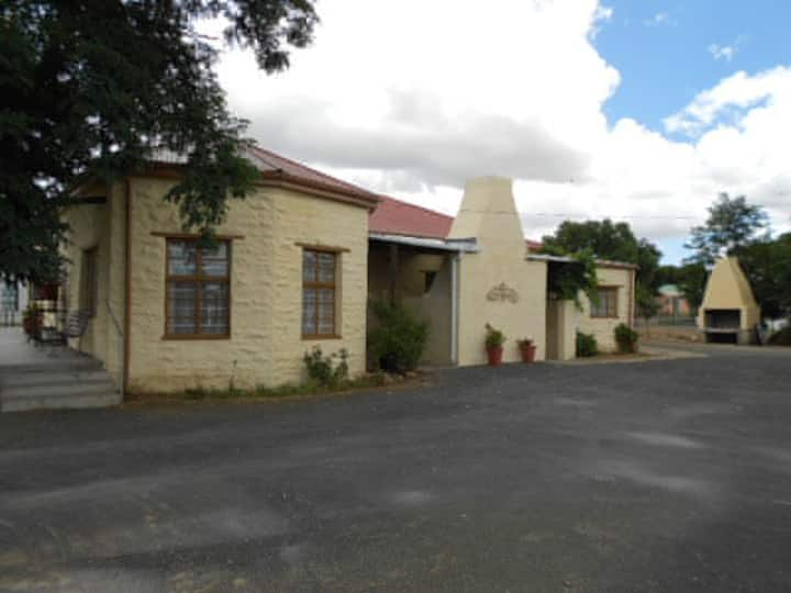 Sutherland Guest House