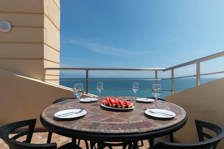 Superior Loft - Diamante beachfront suites