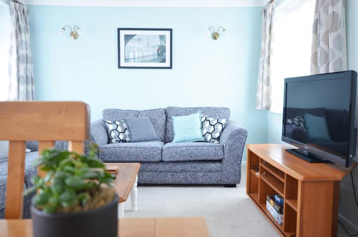 Beautiful Beach Front & Southsea Common 2 bed flat