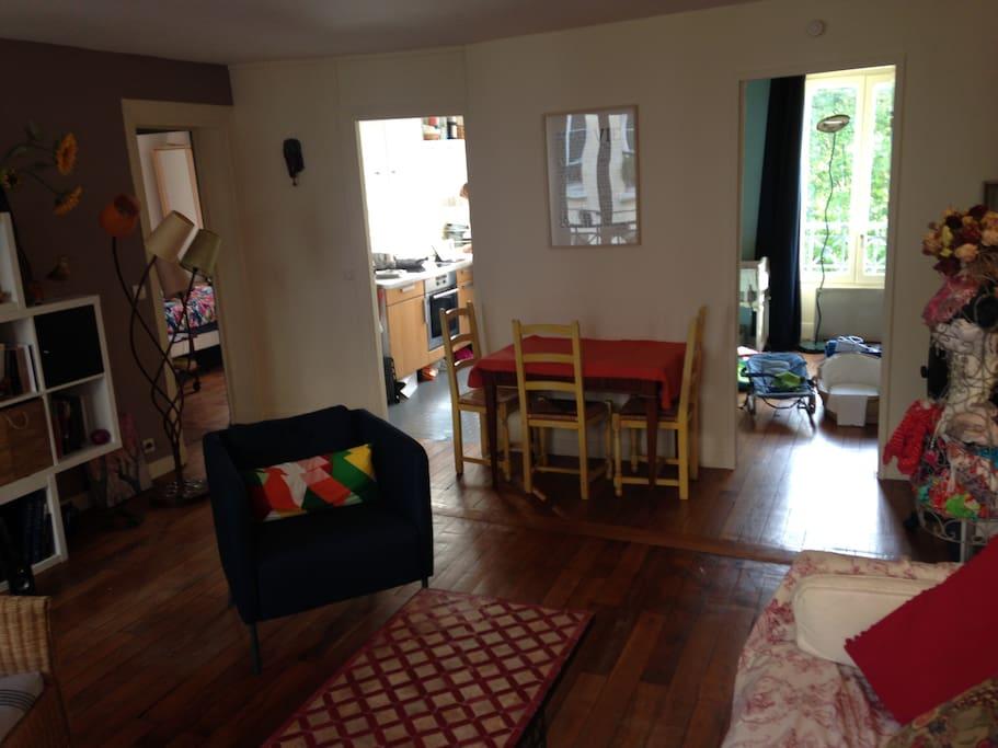 Vue depuis le Salon des deux chambres et de la cuisine