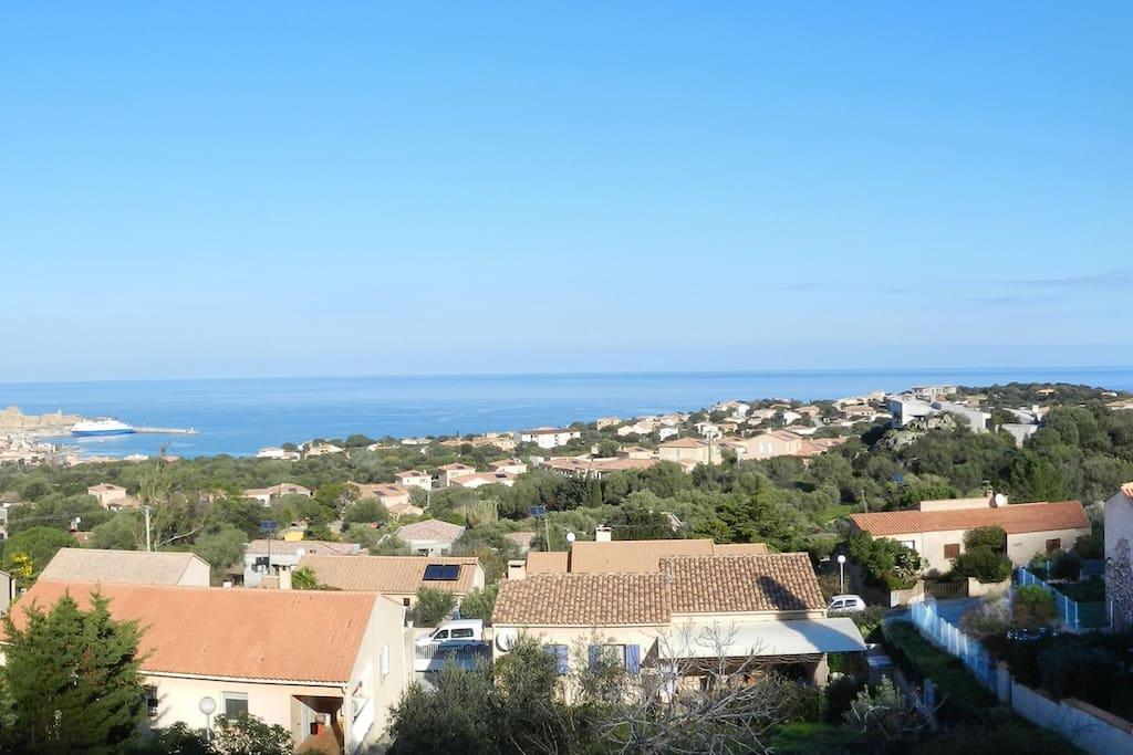La vue de l'appartement sur Ile Rousse