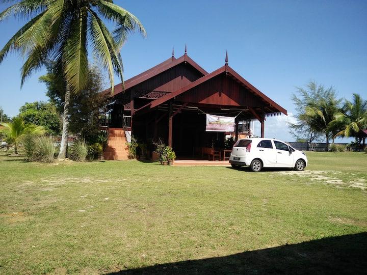 Bayu Beach Penarek