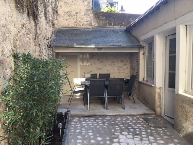 Maison avec jardin dans quartier historique - Blois - Townhouse