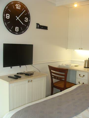 Galnar Residential Suite 1