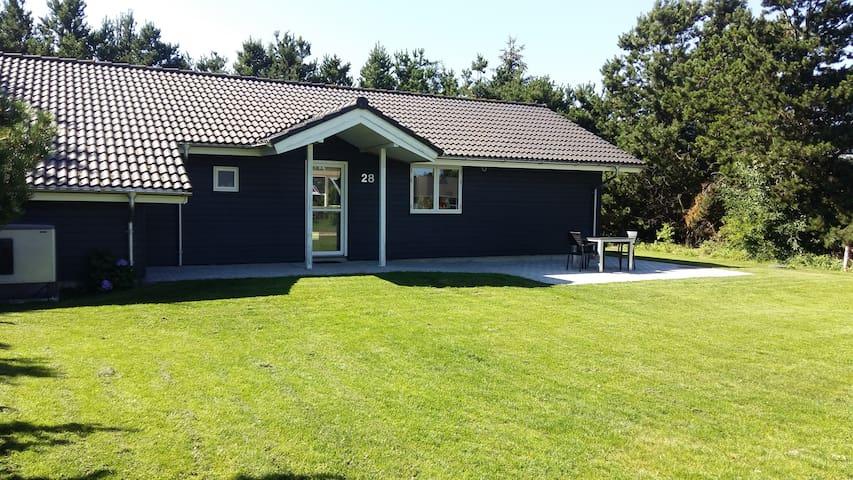 Lækkert spa-hus ved limfjorden - Storvorde - Cabin