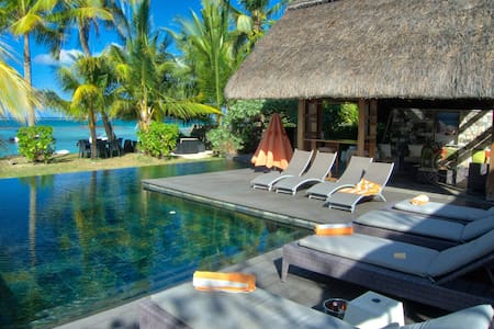 SEA 3BR luxurious villa on Bel Mare beach - Quatre Cocos