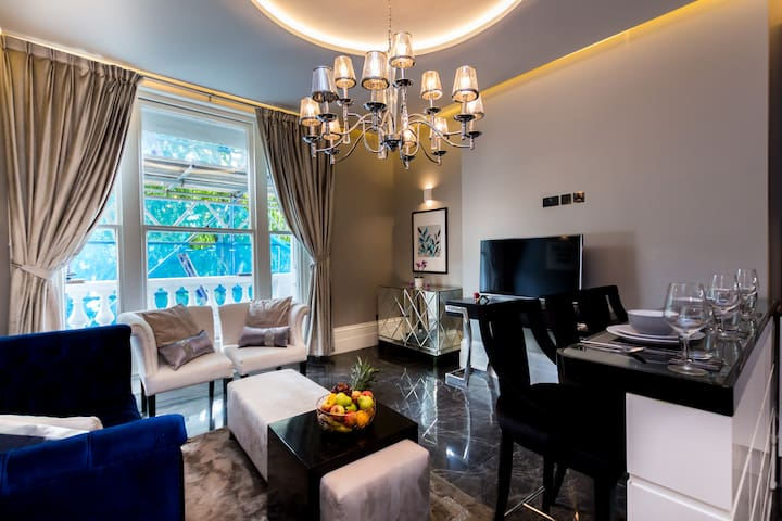 Professionally Managed Exclusive Apt in Chelsea