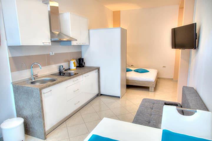 Modern Studio Apartment Tina