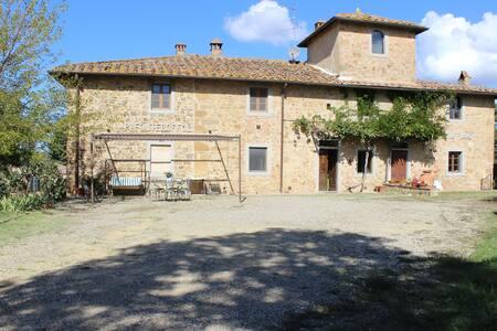 Country House nel Chianti con Wi-Fi gratuito