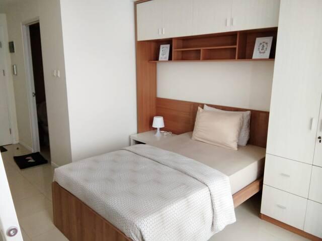 Parahyangan Residences studio, Bandung 18EK