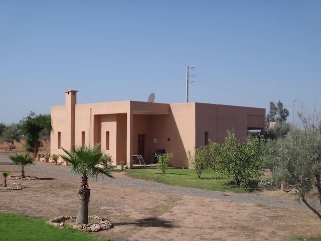 Villa avec Piscine privée - มาร์ราเกช