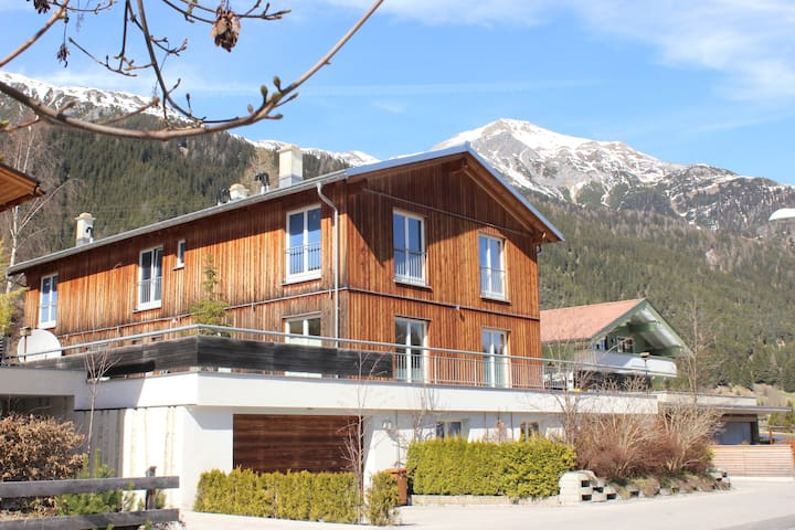 Beautiful apartment with mountain view - Sankt Anton am Arlberg - Appartement
