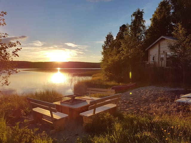 ★ Lapland Yurts ★ The Little Lake House  ★