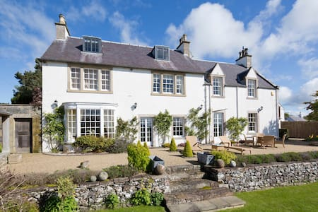 Bowden House Bed and Breakfast, Melrose (2) - Scottish Borders