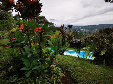 Villa Royanifer with private pool & great scenery