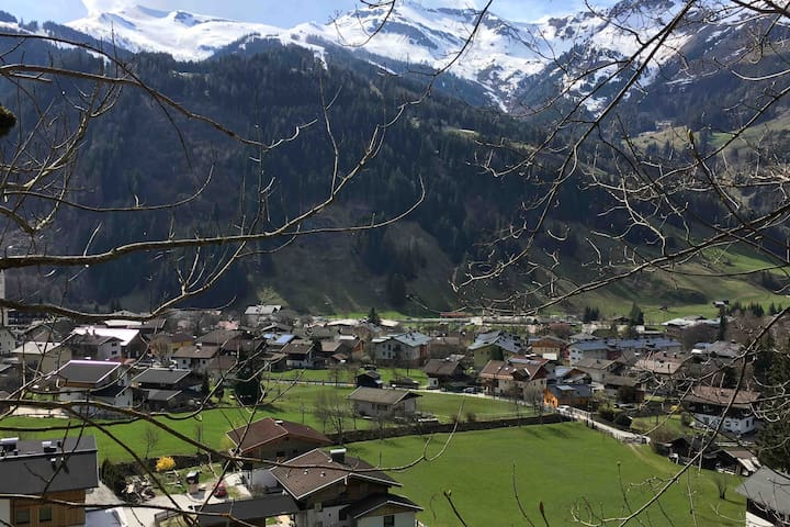 Beautiful apartment in Rauris  -wifi and parking