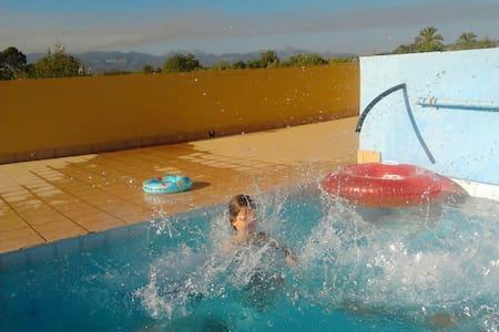 Apartamento-habitación 30m2 con piscina en Palma - Illes Balears - Almhütte