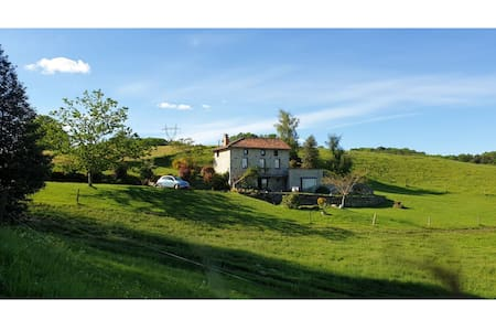 Exquisite Mansion in Cantal with Jacuzzi, Sauna and Pool