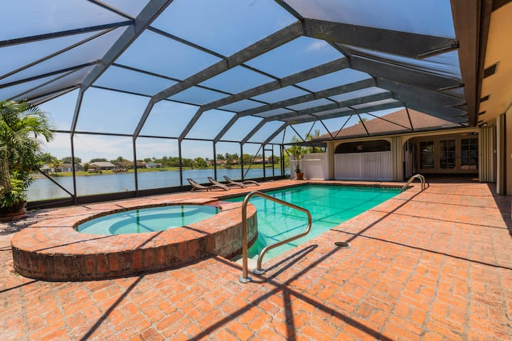 Spacious 5BR Waterfront Home with Private Pool