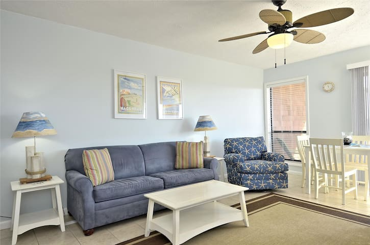 Lucky Duck -- 1 BR Semi Oceanfront Condo in Colony By The Sea with Pool, Playground, Tennis, and More!