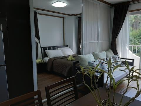 Gab's CozyHome Apartment 1 @ Bonbel Condominium