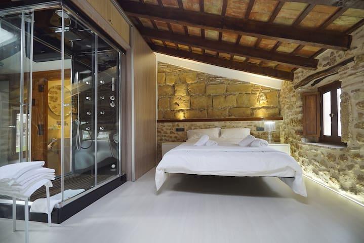 Ático loft en centro histórico - Denia