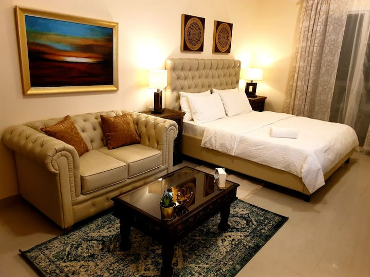 ★★★★ PRIVATE SUITE Royal Breeze 303 + FREE WIFI