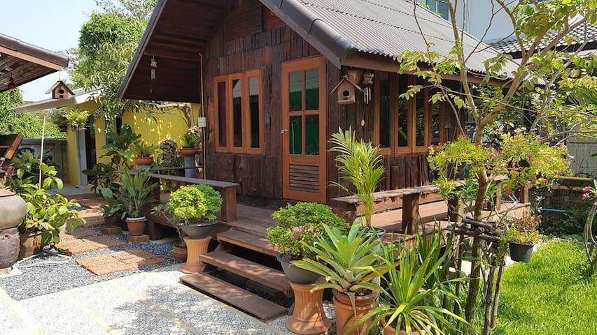 Garden Room Thai2 Suvarnabhumi - กรุงเทพ