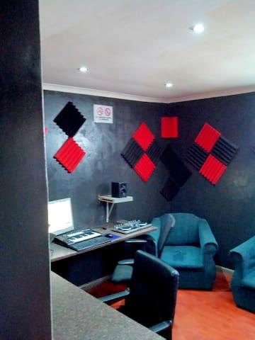 Liberty Music Studios (PTY) Ltd.