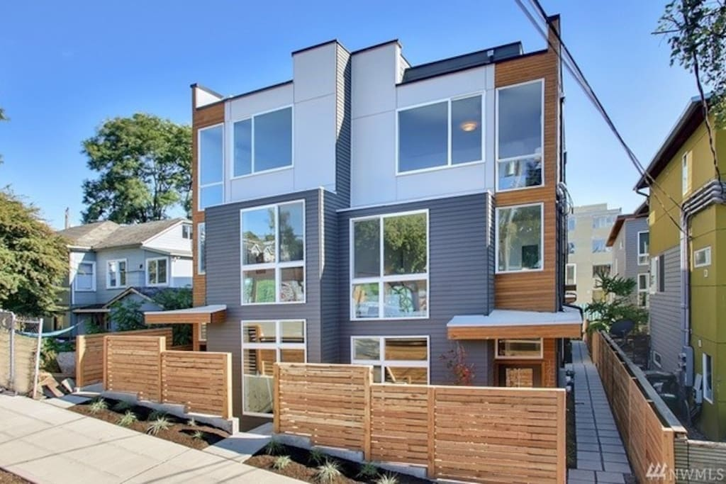 modern townhouse in first hill townhouses for rent in