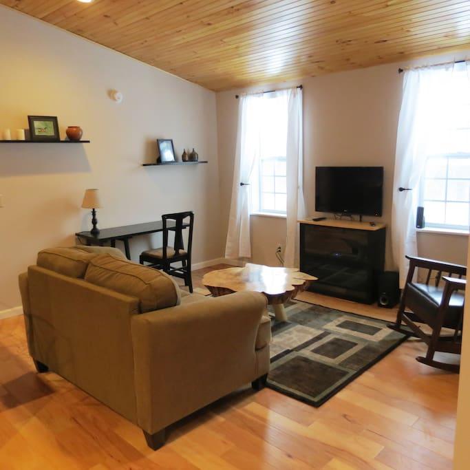 Studios For Rent In New York: Millstone Farm Studio Apartment