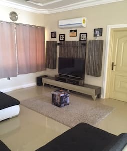 Simple clean unique affordable hide out in  Accra - Adenta West - Dom