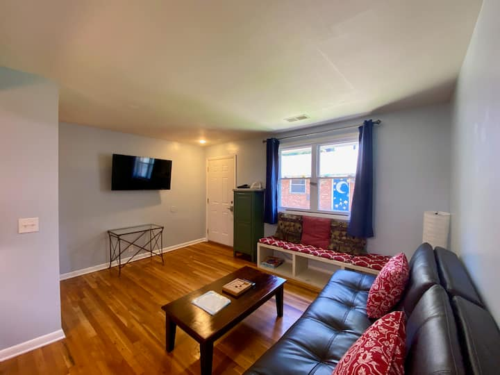Monthly - Furnished Condo near Music Row
