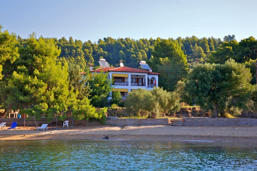 Our Villa and Beach surrounded by hundreds of Pine trees