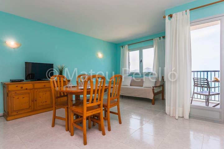 Apartamento delante de la playa A
