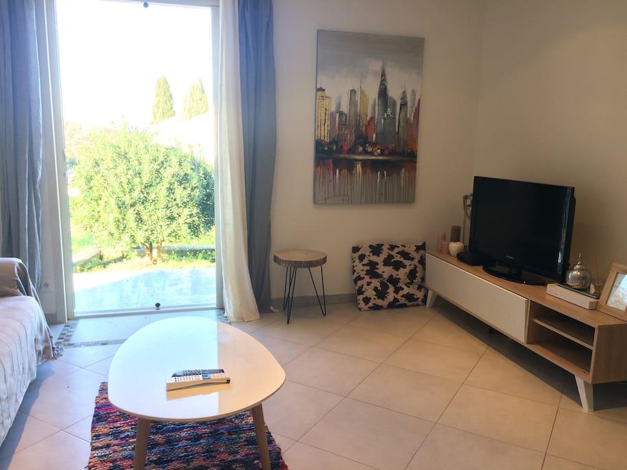 petite maison individuelle de 40m2 case in affitto a calenzana corsica francia. Black Bedroom Furniture Sets. Home Design Ideas
