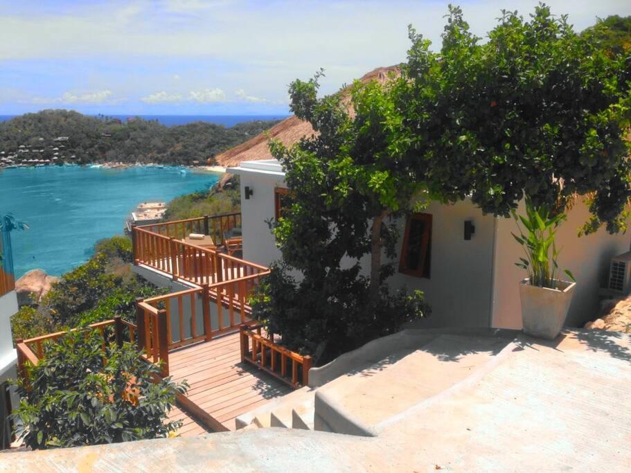 The entrance to the villa.