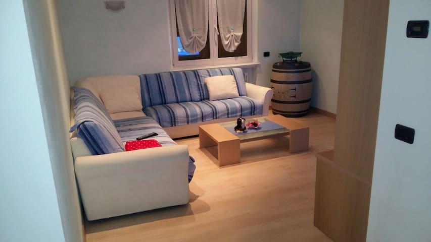 Appartamento in montagna - San Lorenzo Dorsino - Departamento