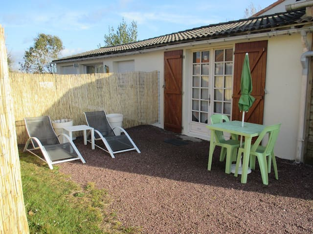 Independent studio 20M² in Vendée - La Guyonnière - Casa