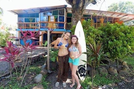 Manzanillo Beach Hotel - Manzanillo - โฮสเทล