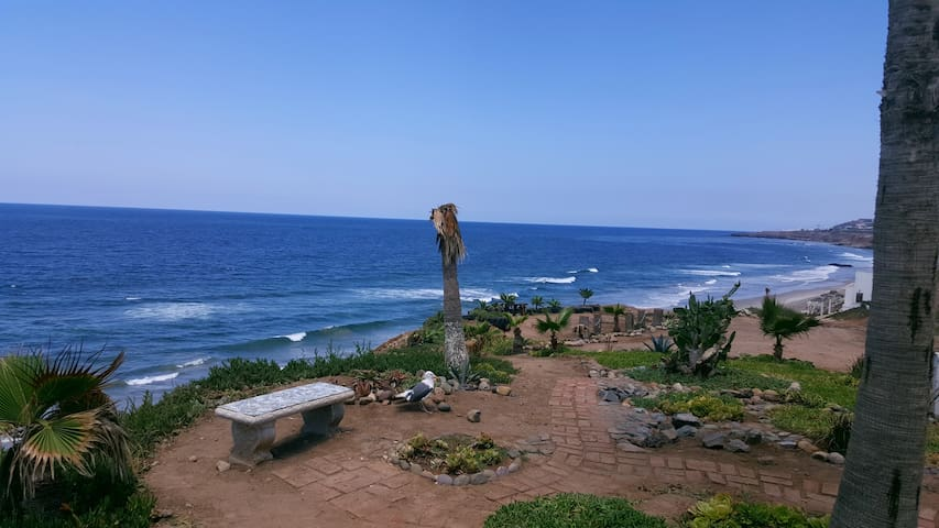 Spacios beach house, 5 min to beach - San Antonio del Mar